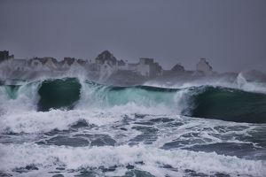 Big Surf at La Torche