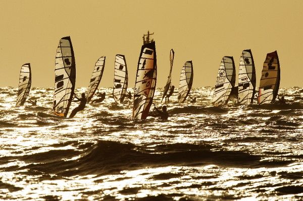 Dunkerbeck leads the slalom fleet in Sylt