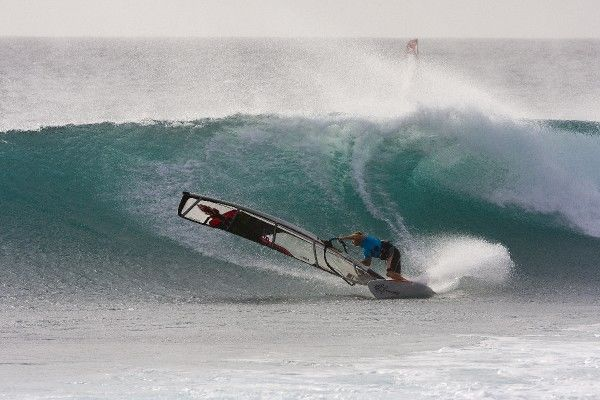 Kevin Pritchard lines up a big smack at Punta Preta